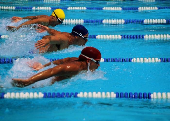 La nataci n es para cualquier persona en cualquier for Piscina de natacion