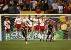 Lanzamiento de falta de Beckham con LA Galaxy