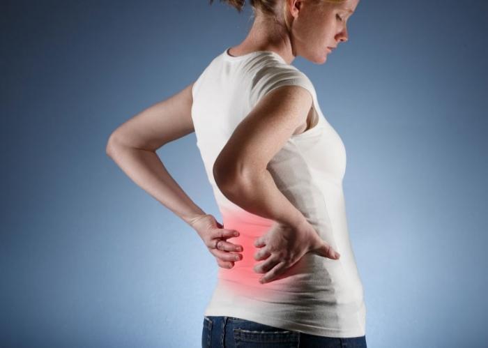 dolor en los costados de la espalda baja