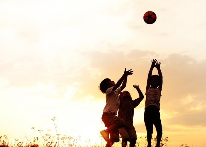 Resultado de imagen de deporte aire libre niños