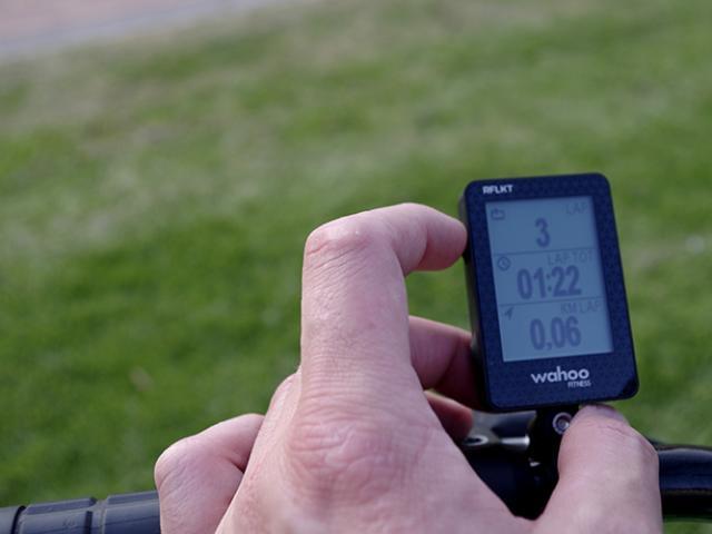 RFLKT, el dispositivo para ciclistas que se conecta con tu teléfono