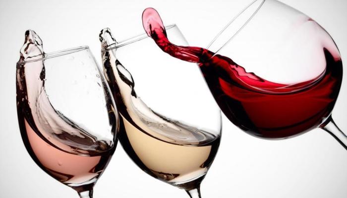 3 clases de vino en copa