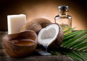 Jabón y aceite de coco