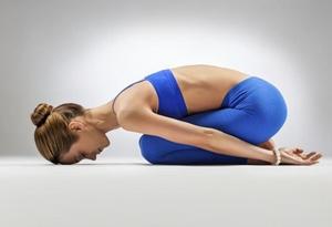 3 posturas de Yoga para reducir el estrés