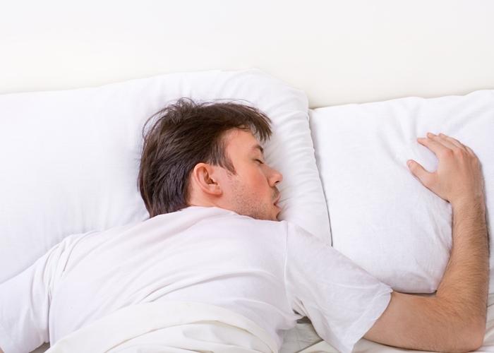 Cuál es la peor postura para dormir