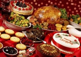Comida de Navidad en la mesa