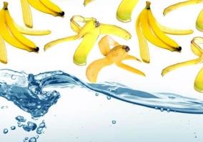 Agua y plátanos