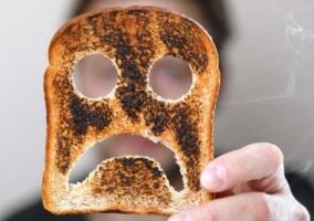 Ingerir alimentos quemados