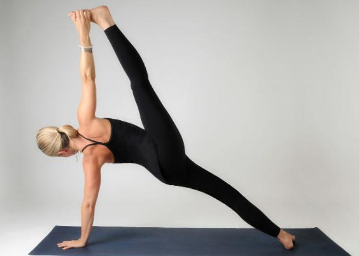 Postura Yoga escoliosis