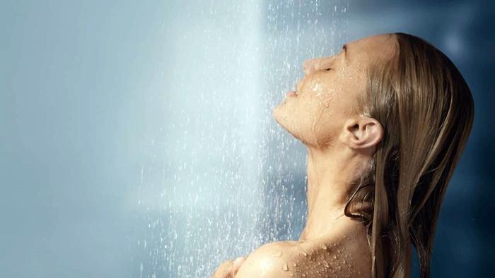 Resultado de imagen de ducha agua caliente