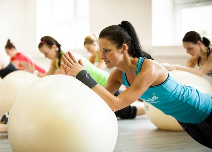 los 10 mejores ejercicios de abdominales