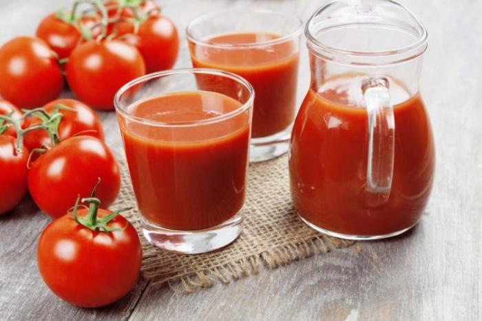 Zumo tomate Cayena