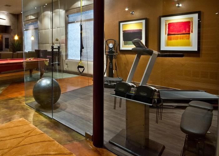 Equipamiento obligatorio para entrenar en casa - Casa con gimnasio ...