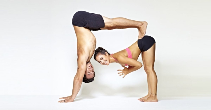 yoga-en-pareja