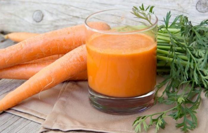 Bebida zanahoria y perejil