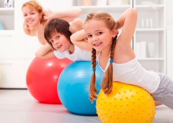 Ejercicios posturas niños