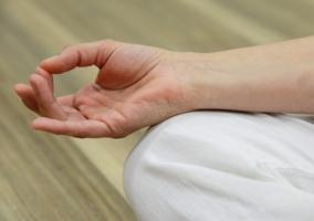 Persona meditando - Mudra