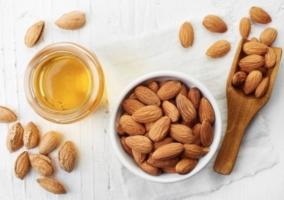 Beneficios aceite almendras