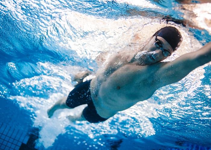 Bajar de peso natacion