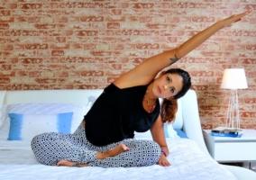 Persona Yoga dormir