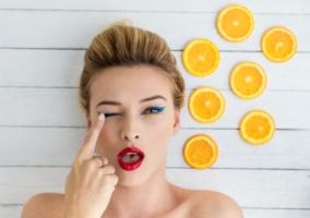 Mujer tratamiento naranja