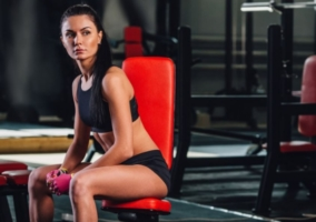 Mujer gimnasio