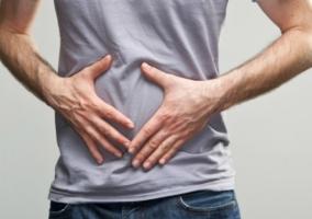 Persona con indigestión