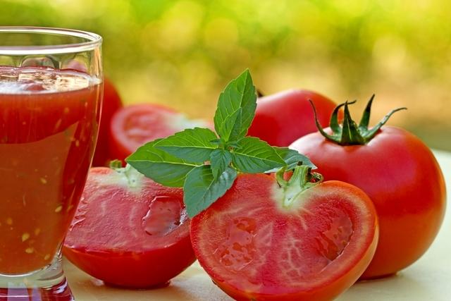 Zumo detox de tomate