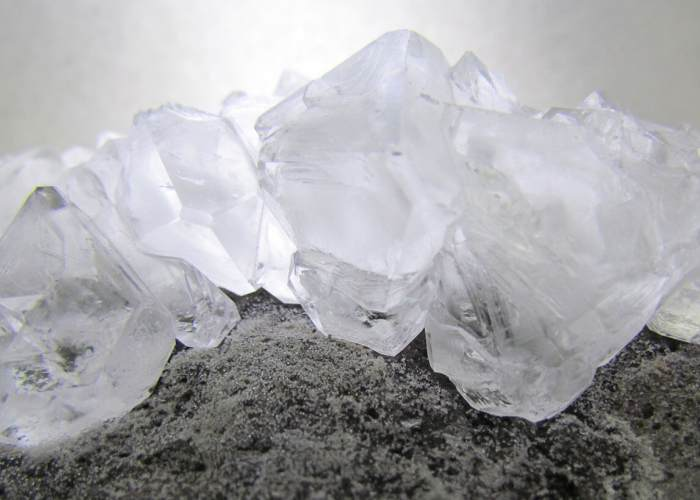 Mineral de alumbre