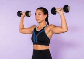ejercicios con mancuernas para brazos fuertes